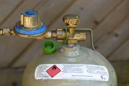 Gasflasche Für Gasgrill Lagern : Richtiger umgang mit gaskartuschen und gasflaschen gasgrill.net